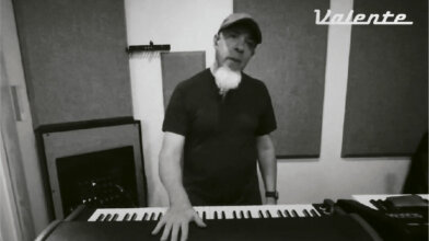 jordan rudess, from dream theater, talks about valente electric piano